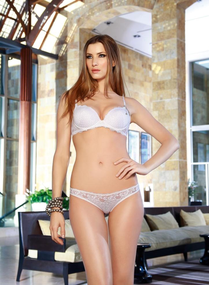 Soledad Ainesa Argentenian Supermodel (12)
